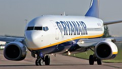 EI-DCF (AnDyMHoLdEn) Tags: ryanair 737 egcc airport manchester manchesterairport 23l