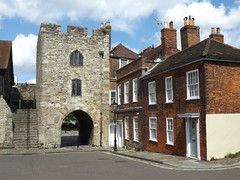 West Gate, Southampton, Hampshire, 25 May 2019 (AndrewDixon2812) Tags: southampton hampshire west gate tower fortified fortification wall