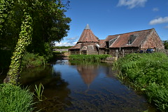 Preston Mill (Mr_Pudd) Tags: nikond750 nikon johnmuirway bluesky outdoorphotography outdoor rivertyne eastlinton prestonmill national nationaltrustforscotland landscape blue nikkor outside nature water green
