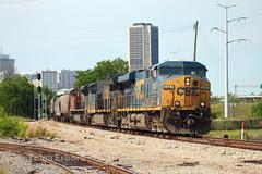 Grain (TolgaEastCoast) Tags: csx g661 train canadian national cn sd70m2 es40dc et44ah locomotive grain richmond virginia downtown city skyline