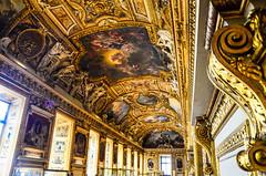 (gabriel.gallozzi) Tags: le louvre paris france musée museum museu art aerte dorée dorado lumiére lights gold galery galeria plafond