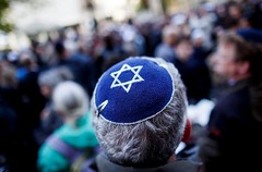 Germany: Appeal to the people wearing kippah before a demonstration against Israel (prefnews1) Tags: socialissues spirituality berlin feedroutedgermany germany