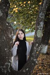 IMG_8332 (Pablo_sc) Tags: autumn otoño girl woman canon canont6 canon1300d portrait retrato orange