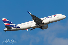 CC-BHF (Hector A Rivera Valentin) Tags: 2019 ccbhf latam airlines chie chile airbus a320 neo orlando international united states kmco mco spotting spotter avgeek airplanes airport canon6d 6d canon camera