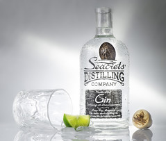 Seacrets (Edward Arthur) Tags: bottle stilllife seacrets gin drink beverage manualfocus zeiss planar 85mm studio orlit rovelight