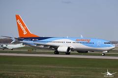 Sunwing Airlines Boeing 737-800 (William_YQB) Tags: sunwing plane boeing boeing737 b737800 planespotting montreal yul