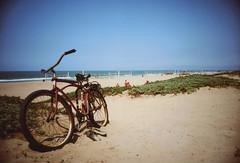 Ricoh R1 Redondo Beach Bike Path 4 (▓▓▒▒░░) Tags: kodak royal gold color la los angeles california history bike ride architecture landmark arts analog mechanical classic retro vintage antique 35mm film camera design style