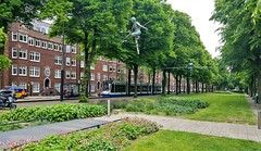 D'andere blik: Evenwichtskunst (Peter ( phonepics only) Eijkman) Tags: amsterdam city combino gvb art kunst tram transport trams tramtracks trolley rail rails strassenbahn streetcars nederland netherlands nederlandse noordholland holland