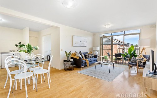 5/130-132 Milton Pde, Glen Iris VIC 3146