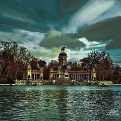 El retiro (Amy Charlize) Tags: amycharlize focosocial awesome elretiro madrid españa spain sky blue beautiful beauty landscape park urban photography fotografía parque