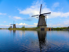 DSCN0871 (alainazer2) Tags: nederland paysbas holland hollande ciel cielo sky eau acqua water moulin mulino windmill