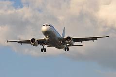 SK1507 CPH-LHR (A380spotter) Tags: approach landing arrival finals shortfinals threshold belly airbus a319 100 oykbo christianvaldemarviking 60thanniversary sixtieth 2006 vikinglongship retrocolours sasscandinavianairlines sas sk sk1507 cphlhr runway27r 27r london heathrow egll lhr