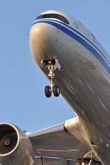 CA0855 PEK-LHR: B-308C first visit to London Heathrow (A380spotter) Tags: approach landing arrival finals shortfinals threshold undercarriage landinggear nosegear belly airbus a350 a350xwb™ xtrawidebody extra 900 b308c 中国国际航空公司 airchina cca ca ca0855 peklhr firstvisittolhr firstvisittoheathrow 1st runway27r 27r london heathrow egll lhr
