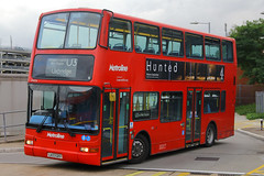 LK03 GKV, London Heathrow, September 9th 2016 (Southsea_Matt) Tags: lk03gkv vp474 routeu3 metroline plaxton president volvo b7tl lhr egll londonheathrow greaterlondon england unitedkingdom canon 60d september 2016 autumn bus omnibus transport vehicle