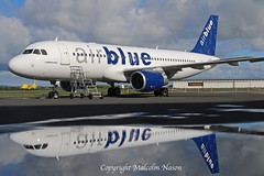 A320 OE-IGT (AP-BNV) AIR BLUE (shanairpic) Tags: jetairliner passengerjet a320 airbusa320 shannon iac eirtech airblue oeigt apbnv
