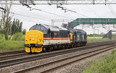 37419 and 37059 0G94 29/05/19 (andyk37) Tags: 37419 374 mainline intercity 0g94 chorlton crewe drs 37059 class37 290519