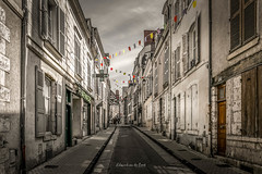 Blois 2019 (EBoss Fotografie) Tags: blois loiretcher frankrijk street city building house depth colors canon light sky france architecture streetview soe twop supershot greatphotographers
