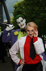 MCM London May 2019 Friday XII (Lee Nichols) Tags: mcmlondonmay2019friday canoneos600d cosplay cosplayers costume costumes comiccon photoshop londonexcel mcmcomiccon mcm thejoker harleyquinn harleyquinncosplay dccomics