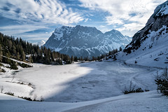 Seebensee und Zugspitze im Frühling (stefangruber82) Tags: alps alpen lake see winter spring frühling eis ice snow schnee tirol tyrol gebirgssee mountainlake