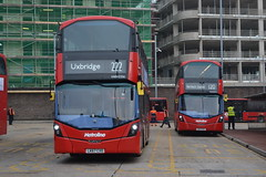 Metroline VWH2356 LK67CXO & VWH2272 LK17CZV (Will Swain) Tags: hounslow 22nd november 2018 london greater city centre capital south bus buses transport travel uk britain vehicle vehicles county country england english west metroline vwh2356 lk67cxo vwh2272 lk17czv vwh 2356 2272