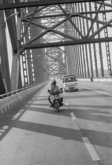 Mandalay (Tangible_HTS) Tags: birmanie burma myanmar asie asia travel voyage backpacking analog pellicule film minolta srt100x srt200 rokkor f14 ilford delta100 noirblanc nb bw blackwhite