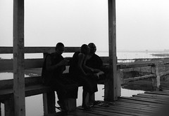 Mandalay (Tangible_HTS) Tags: birmanie burma myanmar asie asia travel voyage backpacking analog pellicule film minolta srt100x srt200 rokkor f14 ilford delta100 mandalay noirblanc nb bw blackwhite moines monks