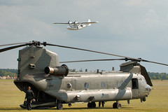 CH47 Chinook & Catalina (Airwolfhound) Tags: duxford ch47 chinook catalina