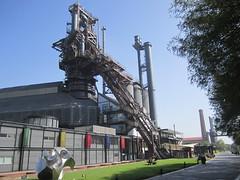 Monterrey, Fundidora Park (Arian Zwegers) Tags: monterrey fundidorapark horno3 furnace3 industrialheritagemuseum industrialheritage heritage publicpark compañiafundidoradefierroyacerodemonterrey foundry blastfurnace industrialarchaeologicalmuseumsite hornoaltono3 mexico 2017