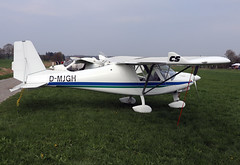 D-MJGH (wiltshirespotter) Tags: markdorf ikarus c42
