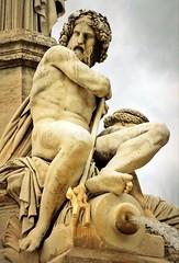 détail de la fontaine du Pradier à Nîmes, fin mai 2019... Reynald ARTAUD (Reynald ARTAUD) Tags: 2019 fin mai occitanie provence fontaine pradier détail reynald artaud