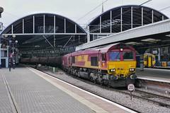 GeorDeeBee '57 (JohnGreyTurner) Tags: br rail uk railway train transport diesel engine locomotive newcastle tyneandwear db dbs dbc ews 66 class66 shed freight