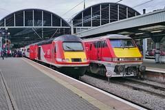 Down, But Not Out (JohnGreyTurner) Tags: uk electric train newcastle br diesel transport engine rail railway locomotive 91 43 hst tyneandwear class43 class91
