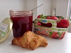 Fraises (Paris Breakfast) Tags: fraises desserts