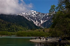 Taisho Pond (tez-guitar) Tags: pond water reflectopn stream river snow peaks mountain highland shinshu nagano leica leicacl varioelmar1856