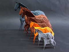 (Aarón Ramírez Bermúdez) Tags: blue horse orange dog brown art animal azul paperart caballo gris cafe origami arte wildlife negro gray naranja paperfolding papiroflexia 折り紙 paperfold