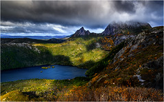 Cradle Mountain - Dove Lake (niggyl (well behind)) Tags: tasmania cradlemountainlakestclairnationalpark cradlemountain cradle cradlemt overlandtrack horsetrack nikkorlenses nikonz6 nikon nikonmirrorless nikkor nikkor24853545vr nationalpark z6 nikkor2585 nikon2585 wilderness breathtakinglandscapes landscape contrejour therebeastormabrewin storm stormclouds clouds cloudscape cloudsstormssunsetssunrises dolerite jurassic triassic precambrian pleistocene cloudporn