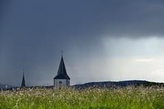 Averse en approche (Croc'odile67) Tags: nikon d3300 sigma contemporary 18200dcoshsmc ciel cloud sky nuage orage pluie église