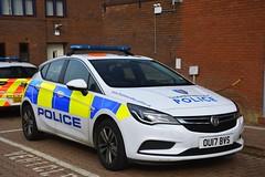OU17 BVS (S11 AUN) Tags: thames valley police tvp vauxhall astra panda car irv incident response vehicle npt neighbourhood policing team 999 emergency