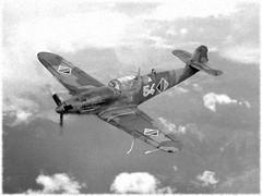 "1:72 VEB Flugzeugwerke Dresden FWD-53B; ""54 Red"" of the Luftstreitkräfte der Nationalen Volksarmee (LSK/LV, Air Forces of the German National People's Army) Jagdgeschwader 3, Preschen/Brandenburg, 1957 (Whif/Heller Bf 109K conversion) (dizzyfugu) Tags: 172 heller bf 109 messerschmitt kurfürst fwd flugwerke dresden nva luftstreitkräfte nationale volksarmee lsk lv air force german national peoples army jagdgeschwader 3 ddr gdr preschen brandenburg conversion fictional aviation whif whatif kitbashing mikulin am35 mig3 model kit modell bau dizzyfugu"