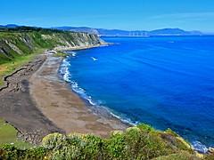 Playa de Azkorri (eitb.eus) Tags: eitbcom 3293 g1 tiemponaturaleza tiempon2019 bizkaia getxo rikardoagirregomezkorta