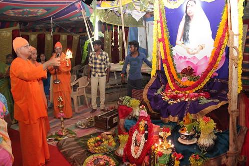 Thiruvizhakku Puja (2)