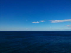 Feeling blue, Sydney, Australia (runslikethewind83) Tags: blue sea ocean seascape australia oz aussie earth oceania view horizon travel