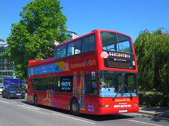 Transdev York 4025 (V525ESC) - 24-05-19 (peter_b2008) Tags: transdevyork citysightseeing lothianbuses dennis trident plaxton president opentop tourbus 4025 525 v525esc york buses coaches transport