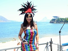 A cantora que fez a festa na Banda do Ingá 2019. #KarolBastos (Cíntia Dillan) Tags: karolbastos niteroi bandadoingá bandaaxerê show fotigrafiamusical banda musica festaderua carnaval brasil brasileiros riodejaneiro ascoresdoriodejaneiro carioca rj errejota