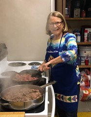 Nancy Meyer making tacos for Hosea Youth House