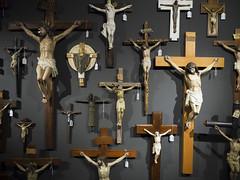 _DSF1356 (Toni M. Micó) Tags: olot garrotxa museu museudelssants vayreda elartecristiano sants