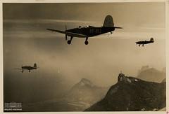 Aviões caurés (Arquivo Nacional do Brasil) Tags: avião caurés aviação riodejaneiro cristoredentor arquivonacional arquivonacionaldobrasil