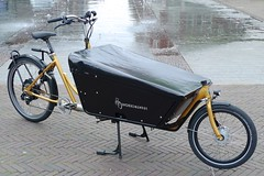 WorkCyclesKr8-gold-OneArmBandit-Neodrive10 (@WorkCycles) Tags: bakfiets cargobike crate derailleur dutch electric kr8 neodrives transportfiets workcycles