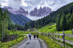 Val de Funes (Salmoopen) Tags: dolomite italy misurina braies garda alpedisiusi ranui valdifunes