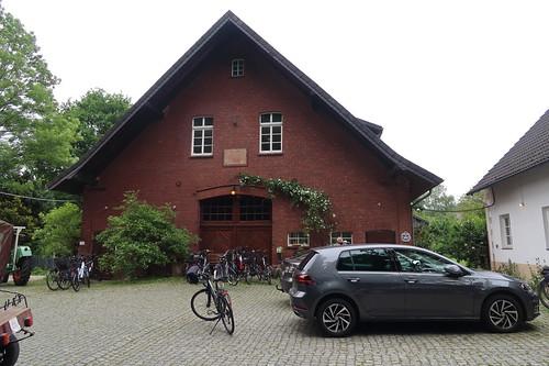 Mein Fahrrad vor dem Hof-Café Barth